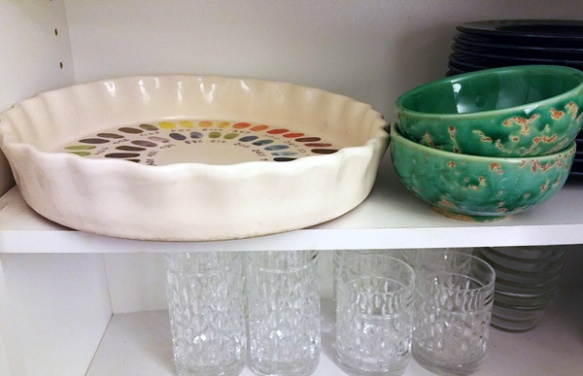 water-bowl-cupboard